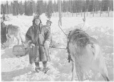Sami people in Vuotso, Finland (1940, Finnish Defence Forces photo archive)