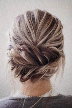 wedding updos for short hair low with braids lena bogucharskaya via instagram (low hair buns)