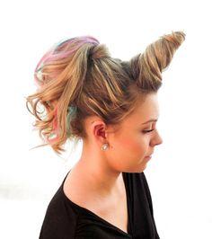 La coloration et la coupe de cheveux de l'année : la corne de licorne