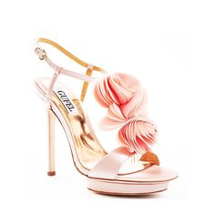 Get the must-have formal shoes of this season! These Badgley Mischka Pink Randee Formal Shoes Size US 10 are a top 10 member favorite on Tradesy. Blush Pink Wedding Shoes, Peach Shoes, Pink Shoes, Bridal Shoes, Women's Shoes, Dress Shoes, Costume Bleu Marine, Badgley Mischka Bridal, Wedding Decor