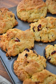 Gluten-Free Orange Cranberry Oatmeal Muffins #glutenfree #dairyfree #vegan