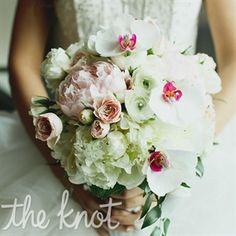 Classic Winter Bridal Bouquet