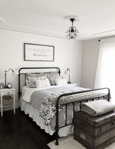 Modern Farmhouse Bedroom Decor Shiplap Accent Wall, Black Iron Bed on Home Inteior Ideas 7697 White Plank Walls, Light Gray Walls, Grey Walls, Modern Farmhouse Bedroom, Rustic Farmhouse, Farmhouse Ideas, Bedroom Modern, Bedroom Black, Bedroom Rustic