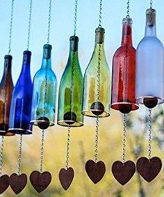 9 Adorable Garden Crafts to Make With Wine Bottles DIY wine bottle wind chimes (diy bottle wine) Cutting Wine Bottles, Empty Wine Bottles, Recycled Wine Bottles, Painted Wine Bottles, Cut Bottles, Recycle Bottles, Recycled Glass, Liquor Bottle Crafts, Wine Bottle Art