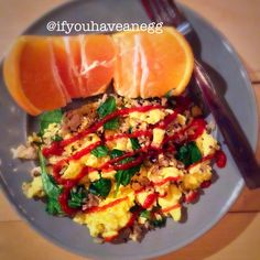 Kicking it up with some sriracha on a Friday Eve.  1 serving Secret Recipe Scrambled Eggs (recipe is on my blog link in bio) #2SP  1/2 cup Seeds of Change Quinoa & Brown Rice #3SP  Baby spinach #0SP  Shiitake mushrooms #0SP  Orange #0SP  Total = 5 Smart Points #breakfast #startyourday #quinoa #sriracha #eggs #ifyouhaveanegg #ww #weightwatchers #wwworks #wwwithkelly #wwsisters #wwsupport #wwsisterhood