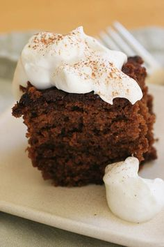"""Old Fashioned Gingerbread Cake. It is super moist, flavorful and just plain old DELICIOUS. The only con about this recipe is having to stop yourself from going to get more more more"""" Köstliche Desserts, Holiday Baking, Christmas Desserts, Christmas Baking, Delicious Desserts, Italian Christmas, Thanksgiving Desserts, Christmas Eve, Cupcakes"""