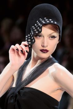 the lips, the hat, the nails... Dior Couture Fall 2008