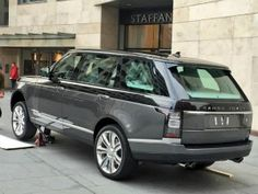 Land Rover to launch new ultra-luxurious Range Rover variant at upcoming 2015 New York Auto Show  ZigWheels.com