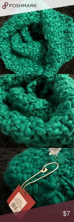 Thick Crochet Green Mossimo Infinity Scarf Super cute, thick, and warm infinity scarf! This green will make any outfit pop! This Mossimo scarf is pretty much brand new, just wore it for the pic! Mossimo Supply Co Accessories Scarves & Wraps