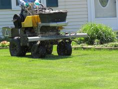 5 benefits of hiring a professional lawn care company