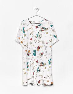 T-shirt stampa oversize. Scopri questo e molti altri capi su bershka.com con nuovi prodotti ogni settimana
