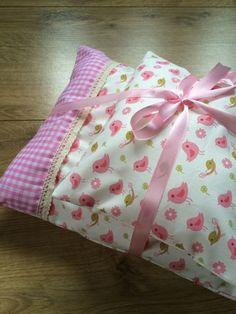 Puppenbettwäsche *Vögel-rosa* von * Creative Happiness * auf DaWanda.com