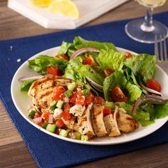 Poitrines de poulet grillées à la grecque - Soupers de semaine - Recettes 5-15 - Recettes express 5/15 - Pratico Pratique