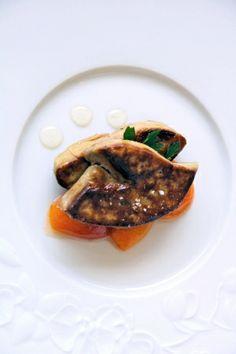 Escalope de Foie Gras d Oie aux abricots confits au miel