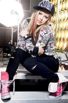 Avril is #33 on our 50 Blondes That Rock The World!