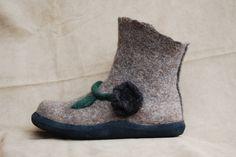 Babu Shoes, Made in Eugene, Oregon (O / USA)