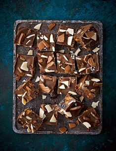 Use left-over chocolate and Easter eggs to create this indulgent fruit and nut chocolate tiffin Baking Recipes, Cake Recipes, Dessert Recipes, Easter Recipes, Easter Ideas, Desserts, Chocolate Tiffin Recipe, Chocolate Recipes, Best Bread Recipe