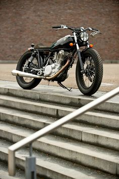 I'm obsessed with this Yamaha SR 500