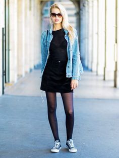 9 New Cool-Girl Rules for Styling Tights That You Won& Find Boring From polka-dot to patterned and opaque to super sheer, tights have many a stylish supporter. Take a look! Stockings Outfit, Pantyhose Outfits, Black Pantyhose, Black Tights, Nylons, Dress And Tights Outfit, Denim Skirt Tights, Sheer Tights, Opaque Tights