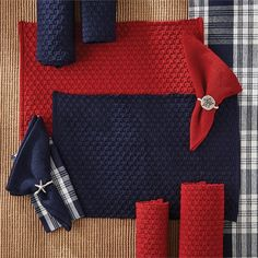 """Table Runner 54/"""" Kitchen Dining Christmas Chadwick in Red by Park Designs"""