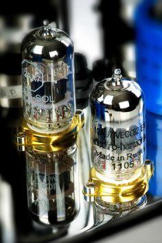 New Jadis valve amps  on Hifipig.com Click through for the latest hifi news and hifi reviews online #hifinews #hifireviews