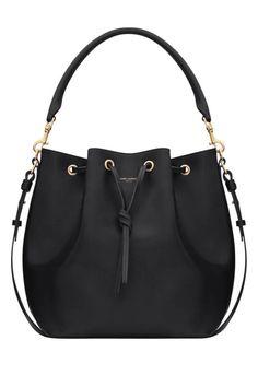 http://usa,mk-vipsale.com $76  just love michael kors bags....so cool,high fashion style....