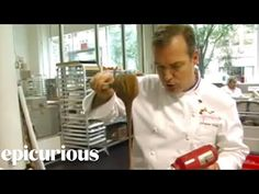 Jacques Torres Shows How to Temper and Store Chocolate How To Temper Chocolate, Chocolate Diy, Christmas Chocolate, Melting Chocolate, Chocolate Recipes, White Chocolate, Candy Videos, Eat Dessert First, To Loose