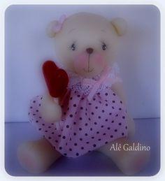 Ursa em porcelana fria