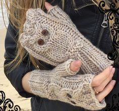 Fun, fast and warm - these fingerless mittens are knitted in chunky yarn, and your fingers are free to text, work and play! The owl on each glove is an easy cable design, which is so cute. 5 sizes are included; 2-4, 5-8, 9-12, adult, large adult. They look great in other colours as well, so if you want pink gloves to match your pink coat, go for it!You will need to know basic knitting skills and basic cable, although this particular cable is so easy! Full, line by line instructions in…