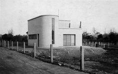 Bauhaus Architecture/ Fieger House,1927, Dessau, by Carl Fieger (Bauhaus Teacher, 1927–1930)