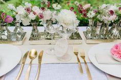 Hochzeits-Tischdeko / Gold-Tafelbesteck von in the attic linz www.intheattic.at