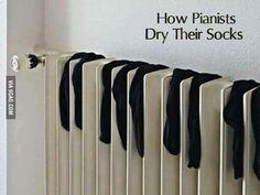drying socks, like a Piano Piano Memes, Piano Funny, Classical Music Humor, Music Jokes, Funny Music, Band Jokes, Piano Lessons, Piano Music, Music Stuff