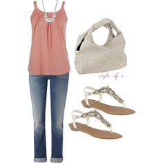 Love this outfit.  The sandals go perfectly with the soft pink and the white purse.  The Jean capri's make it just the right amount of casual.