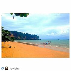 #Repost @nettielav with @repostapp  Beach bum life starts now..... AO NANG Thailand. #travellerslife #travelbug #backpacklife #backpackers #beachtime #gingeradventure2015 #gingeradventure2015 #gingeradventure2015 #beachbum #sea #sun #sand #Thailand #AoNang #gothailandgoasean by gothailandgoasean