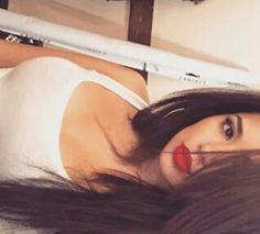 Jasmine V