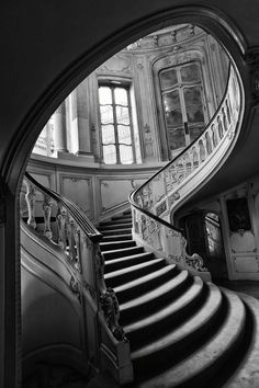 Staircase Old Charm - Photo by Anthony W. S. Soo - https://500px.com/photo/2942596/untitled-by-anthony-w-s-soo?from=user