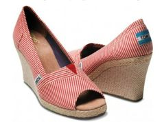 brides canvas shoes | DO or I DON'T: Comfy, Canvas Shoes for Brides (And Grooms—And ...
