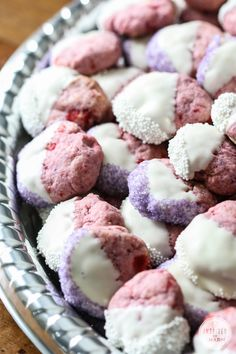 White Chocolate and Cherry Shortbread Cookies
