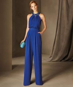Belgica - Sleeveless cocktail jumpsuit with a halter neckline, in crepe