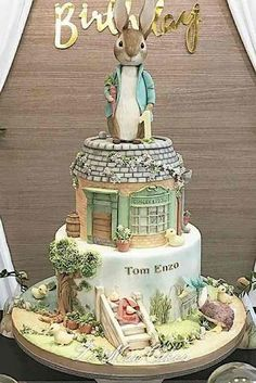 Ideas baby first birthday disney Peter Rabbit Cake, Peter Rabbit Birthday, Peter Rabbit Party, Beatrix Potter Cake, Peter Rabbit And Friends, Book Cakes, Cake Wrecks, Gateaux Cake, Rabbit Baby