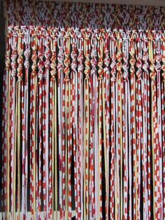 Cortina de crochê colorida
