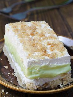 Key Lime Pie Lasagna is cool, light and creamy summer dessert with sweet and tart layers of yumminess. Shortbread crust, cheesecake filling, homemade key...