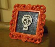 An All-Souls Day craft project.  Super easy and cute!  You can see how I did this at theluckylass.com