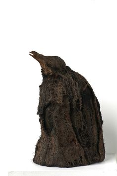 Ulla Pohjola, The Spirit, 2009 Size:height 34 cm, diameter 23 cm Technique: hand and machine embroidery Sculptures, Lion Sculpture, Crow Bird, Textile Artists, Fiber Art, Machine Embroidery, Stitches, Mixed Media, Spirit
