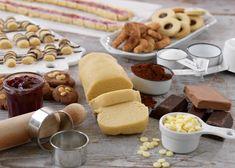 Med en enkel grunddeg och olika smaksättning får du fem sorters kakor!