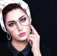 Stylish dpz for girlz Beautiful Hijab Girl, Beautiful Blonde Girl, Arabian Women, Arabian Beauty, Stylish Dpz, Stylish Girl, Women's Shooting, Eyewear Trends, Street Hijab Fashion