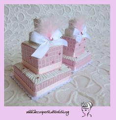 Burlesque mini wedding cake
