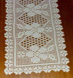 i found this beautiful pattern Crochet Placemats, Crochet Table Runner, Crochet Doilies, Crochet Decoration, Crochet Home Decor, Thread Crochet, Crochet Stitches, Doily Patterns, Crochet Patterns
