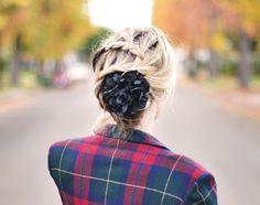 https://flic.kr/p/aN8Dxp | french braid-zig zag braid-braids-flower in hair | www.lovemaegan.com/2011/11/zig-zag-french-braid-hair-tuto...