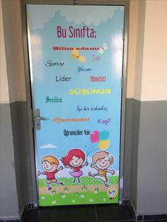 Sınıf kapısı okul kapısı eğitim anaokulu ilkokul ortaokul